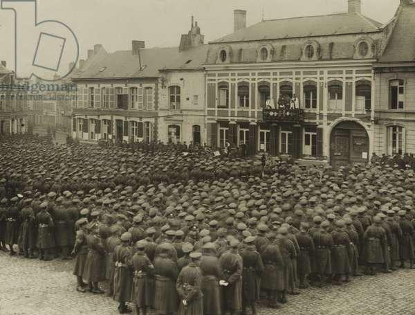 Thanksgiving service, Armistice Day, Le Quesnoy, 1918 (b/w photo)