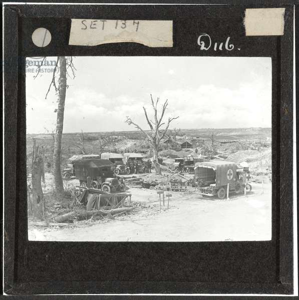 An Advanced Dressing Station, August 1916 (lantern slide)