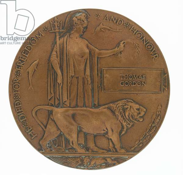 Memorial plaque to Private Robin Martin incorporating 'Dead Man's Penny', 1914-18 commemorative medallion and accompanying certificate, c.1918 (bronze)