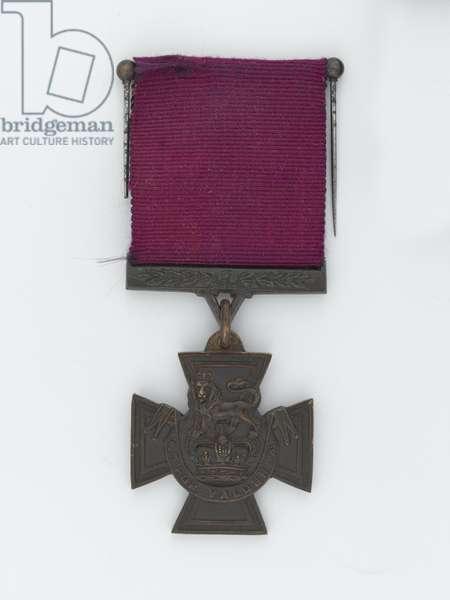 Victoria Cross, Lieutenant Frank Alexander de Pass, 34th Prince Albert Victor's Own Poona Horse, 1914 (metal)