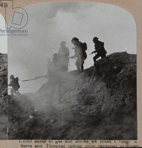 'Under cover of gas and smoke we break through to Serre and Thiepval', 1916 circa (b/w photo)