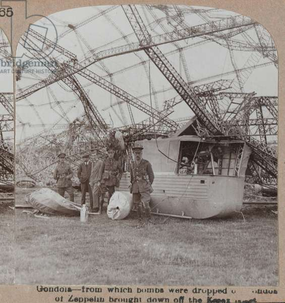 'Gondola of Zeppelin brought down off the Essex coast', 1916 circa (b/w photo)