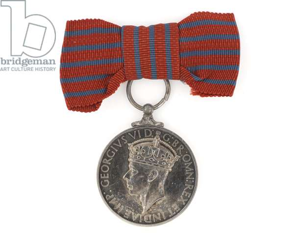 George Medal, 1948 (silver & ribbon)