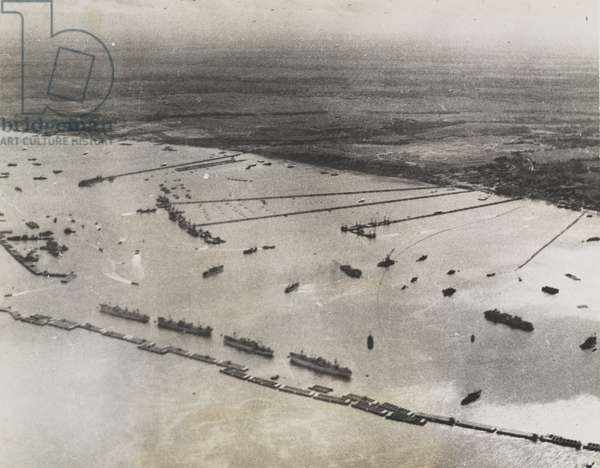 Aerial view of the prefabricated port or 'Mulberry B' at Arromanches, 1944 (b/w photo)