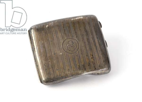 Cigarette case belonging to Second Lieutenant Frederick Skidmore, The King's Own (Yorkshire Light Infantry), 1914 circa (silver)