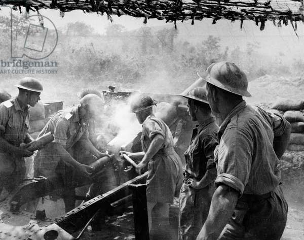 25-pounder guns in action on the Rapido Sector of the Cassino front during World War Two, c.1943-45 (b/w photo)