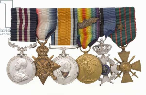 Military medals, 1914-18 (metal & ribbon)
