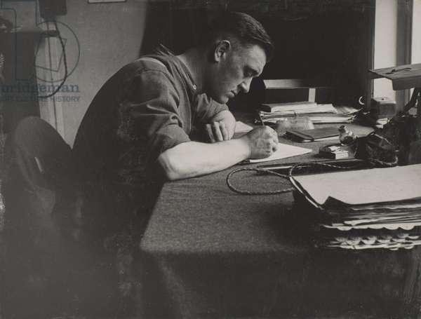 Bob West, 1940-41 (b/w photo)