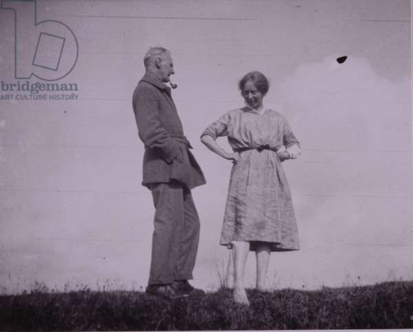 Harold and Laura Knight (b/w photo)
