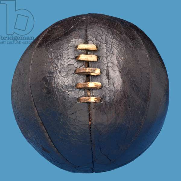 Eight-panelled leather football with lacing, c.1912-14 (leather)