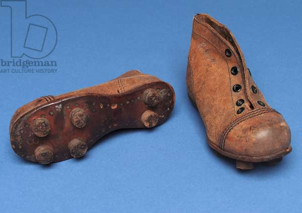 Pair of child's boots, size 7, 1920s (leather)