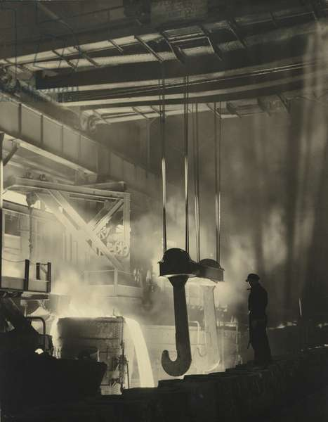 Pouring steel (B.H.P., Newcastle) 1934 (gelatin silver photo)