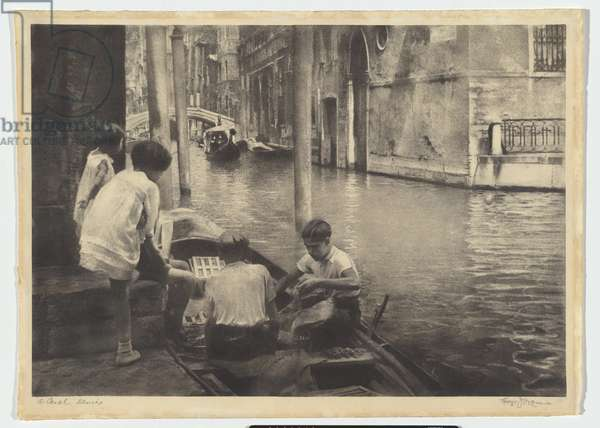 A canal - Venice, 1936 (bromoil transfer photo)