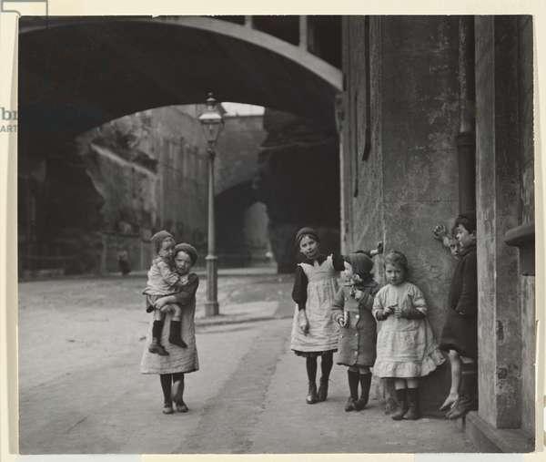 Argyle Cut (Children of the Rocks) 1912 (gelatin silver photo)