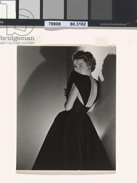 Woman in evening dress, c.1943 (gelatin silver print)