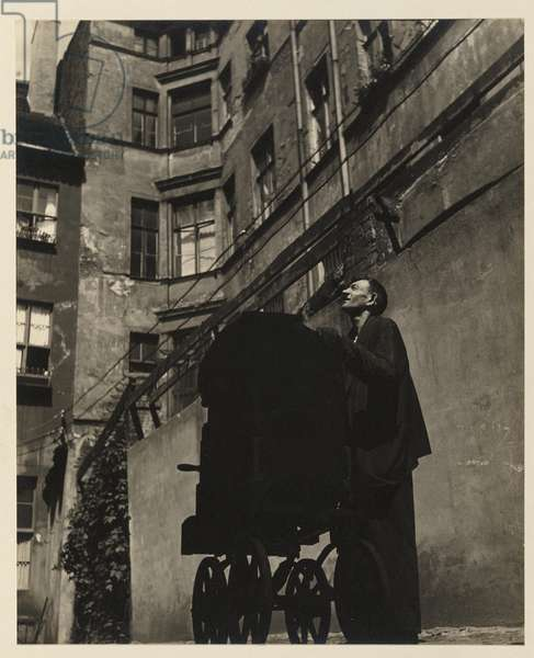 Total poverty in Berlin, Germany, 1933 (gelatin silver photo)