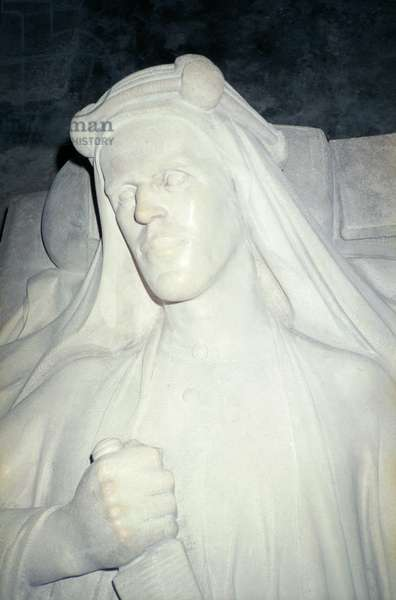 Detail from the effigy of Lawrence of Arabia, 1935-39 (marble)