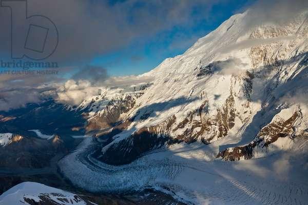 Muldrow Glacier on Mount McKinley (photo)