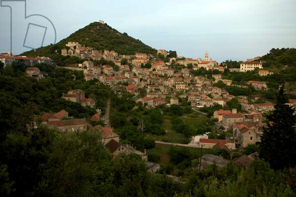 Lastovo,  historically a pirate village, set in a natural amphitheater, faces inland (photo)