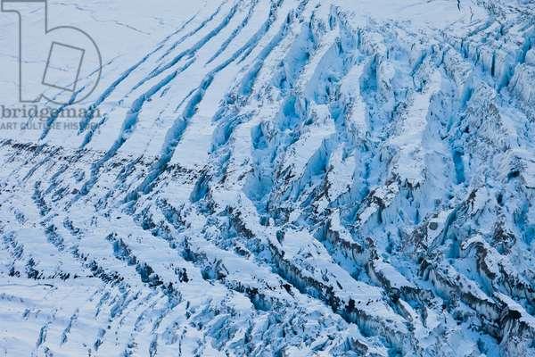 Glacier crevasses in Muldrow Glacier (photo)