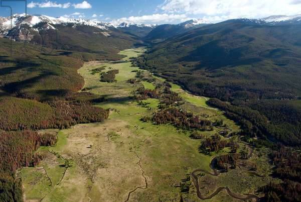 Aerial view of the headwaters of the Colorado River in the mountains (photo)