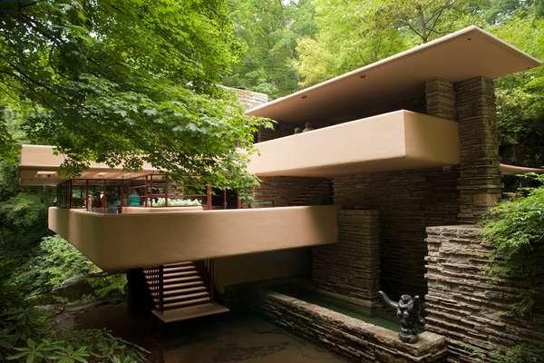 Falling water- Edgar J Kaufmann Sr Residence by Frank Lloyd Wright (photo)