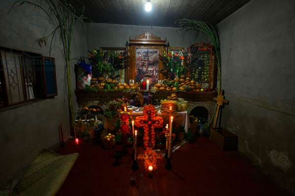 A Day of the Dead altar at a home in Teotitlan del Valle (photo)