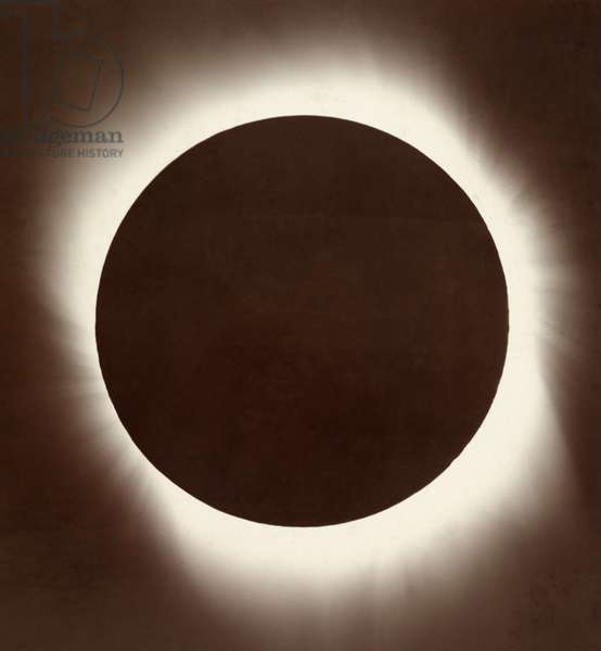 The corona of the sun during a total eclipse, 1919 (b/w photo)