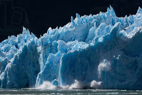 Huge chunks of ice calf off of San Rafael Glacier (photo)