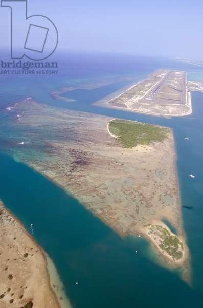 Ke'ehi Lagoon, between Honolulu Harbor and the International Airport in Honolulu, Hawaii (photo)