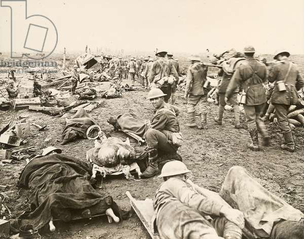 Soldiers laying on stretchers, 1917 (gelatin silver print)