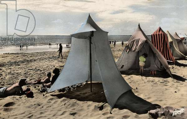 View of a beach in France in the 1950s.