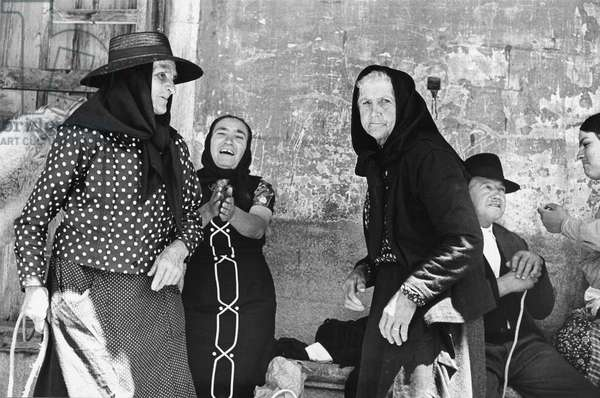 Old people in Portugal, 1973 (b/w photo)
