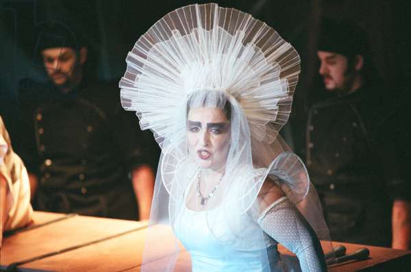 Turandot, Glyndebourne, 2009 (photo)