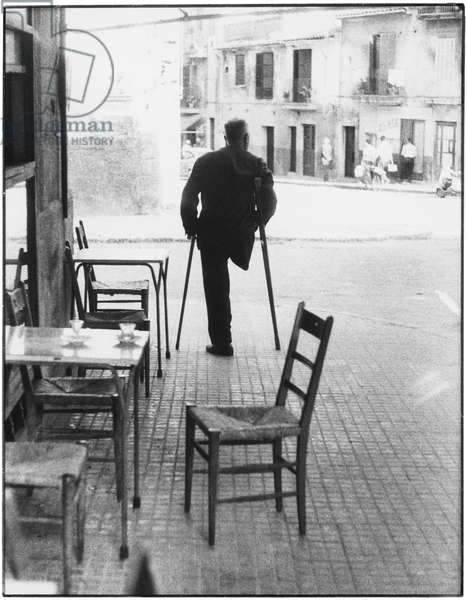 Man with missing leg in Palma, Majorca, 1963 (b/w photo)