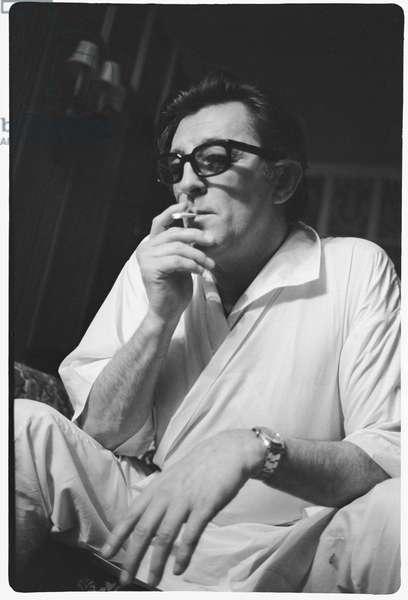 Robert Mitchum, Dorchester Hotel, London, 1969 (b/w photo)