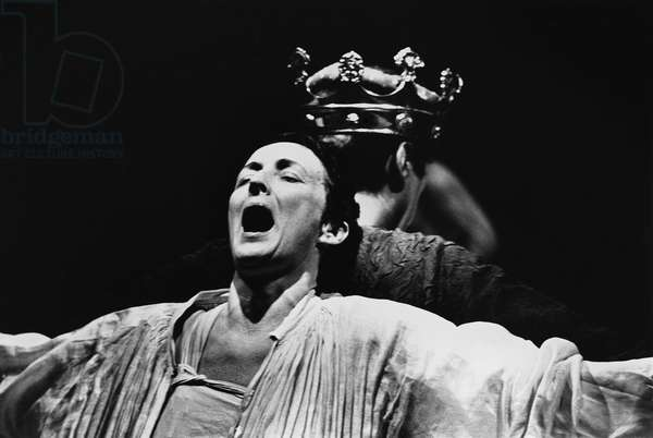 Fiona Shaw in Richard II, 1995 (b/w photo)