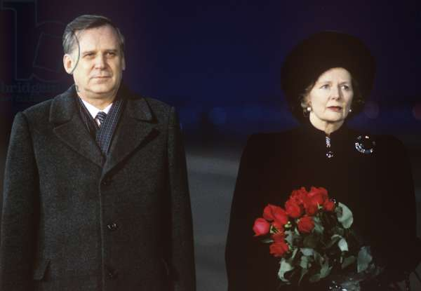 Nikolai Ryzhkov welcoming Margaret Thatcher, Moscow 1987 (photo)