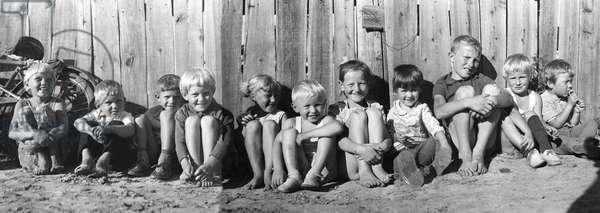 Amur region. Village of Ivanovka. Rural children, 1974 (photo)