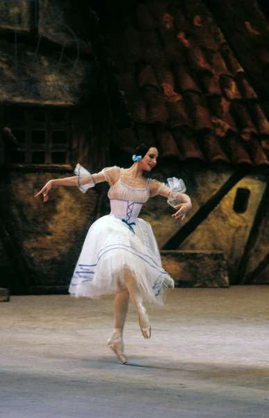 People's Artist of the USSR Natalia Bessmertnova as the title character in the ballet 'Giselle' by Adolphe Adam, the State Bolshoi Theatre, Act 1, 1990 (photo)