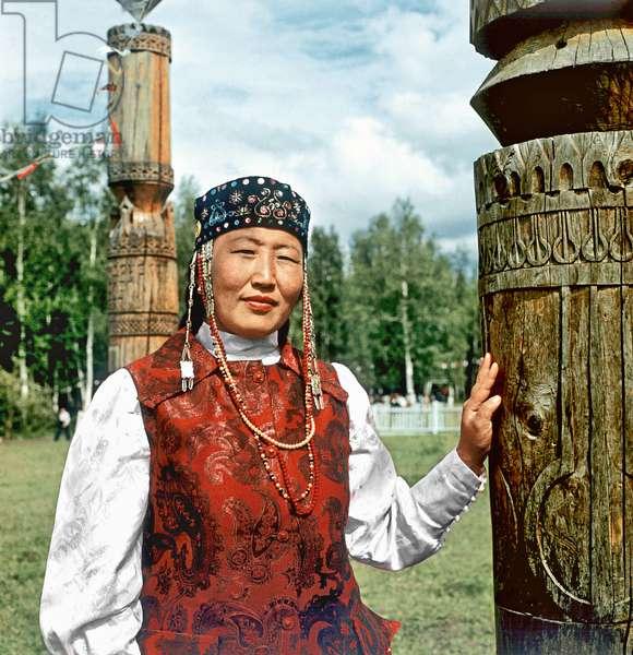 "Participant in the Yakut folk festival ""Ysyakh"", Suntar Village, Yakut Soviet Socialist Republic, Russia, 1983 (photo)"