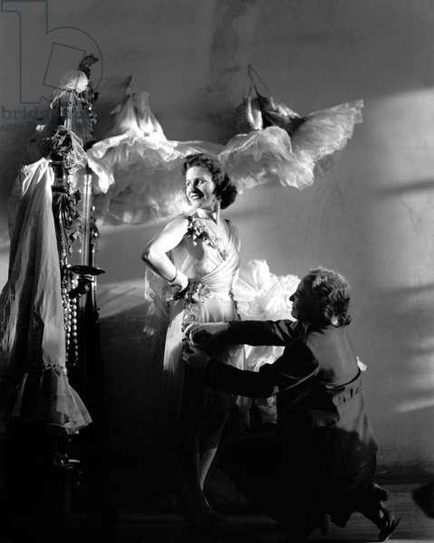 Olga Lepeshinskaya, ballet soloist at the State Academic Bolshoi Theatre of the USSR, People's Artist of the USSR, in the dressing room, Moscow, 1948, Anatoliy Garanin/Sputnik (photo)