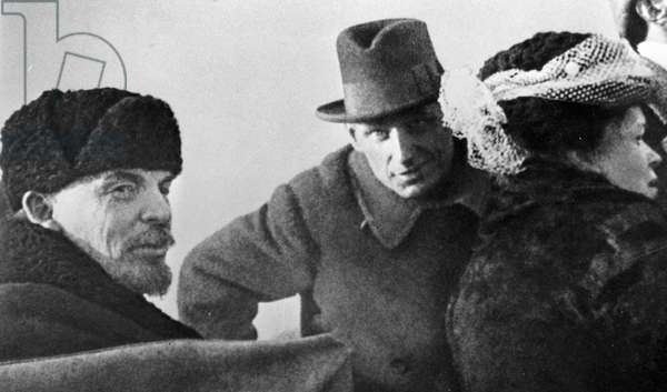 Vladimir Lenin and Maria Ulyanova after a parade, 1918 (b/w photo)