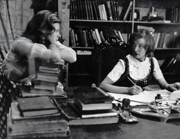 Irina Muravyeva as Lyudmila (left) and Vera Alentova as Katerina (right) in film 'Moscow Does Not Believe in Tears' by Vladimir Menshov, 1979 (b/w photo)