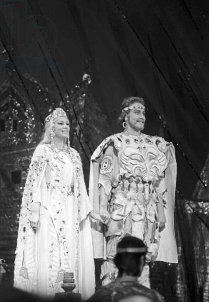 A scene from Mikhail Glinka's opera 'Ruslan and Lyudmila', with Yevgeny Nesterenko as Ruslan and Bela Rudenko as Lyudmila, State Academic Bolshoi Theater, 1978 (b/w photo)
