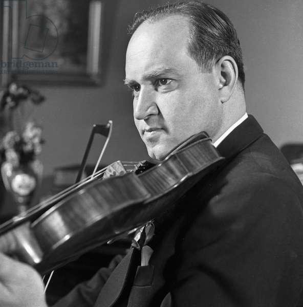 David Oistrakh, 1953 (b/w photo)
