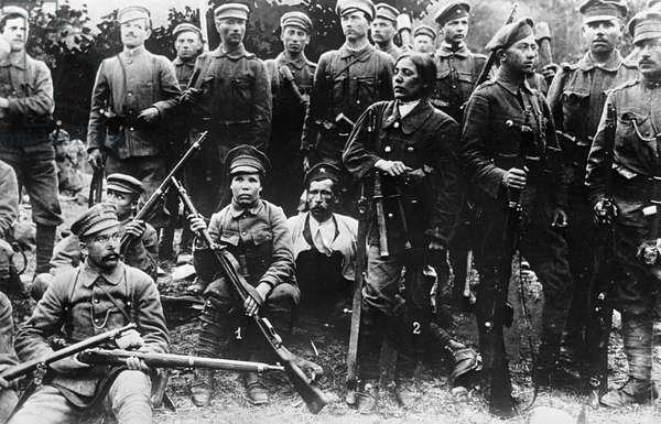 First international Red Guard battalion, 1919 (b/w photo)