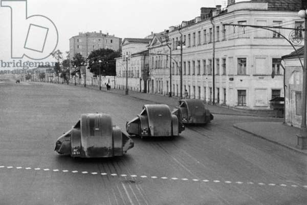 The Gaz-MM wheeled Pu-street cleaning vehicles during Moscow streets cleanup, 1938, Anatoliy Garanin/Sputnik (photo)