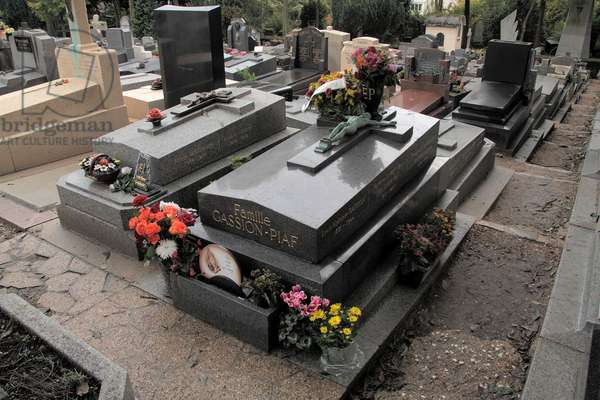 Tomb of Edith Piaf in Pere Lachaise cemetery in Paris