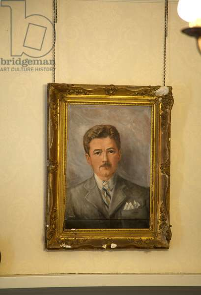 Portrait of William Faulkner in his home Rowan Oak  in Oxford Mississippi  (photo)